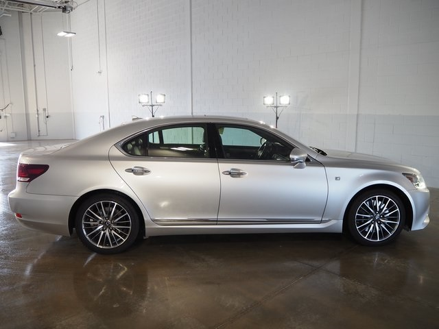 photo of sedan view lexus image ls